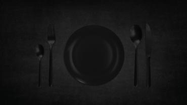 Večerja v temi